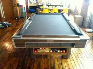 Pool Table Chicago Used Slate Pool Tables Chicago - Brunswick 9 foot pool table